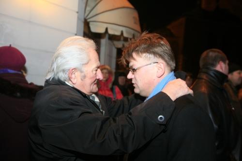 Kokars un Štokenbergs pēc mītiņa